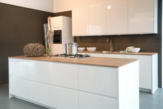 Keuken Wit Blad : AV Keukens keukens hoogglans